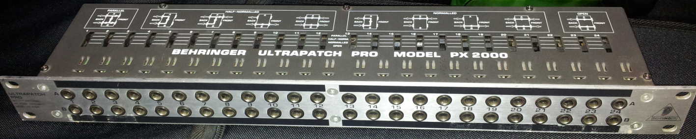 Behringer PX2000 ULTRAPATCH PRO Patchbay - USATO CLIENTE
